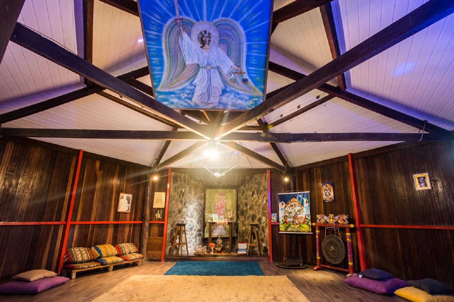 Meditação, massagens e terapias naturais na Pousada em Alto Paraiso
