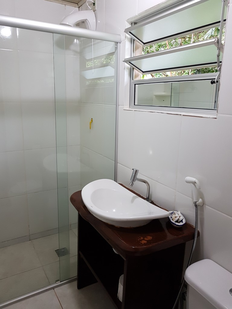 suite citrino banheiro